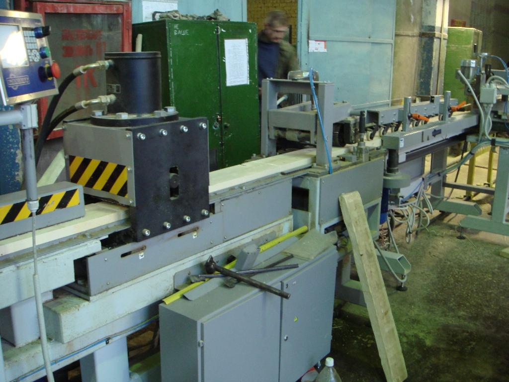 оборудование по производству  бруса.